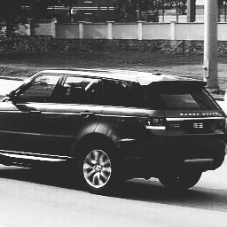 dramaeffect blackandwhite cars rangerover travelphotography