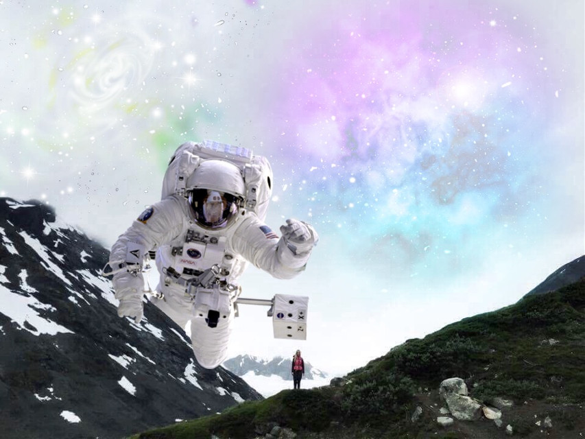 #FreeToEdit #astronaut