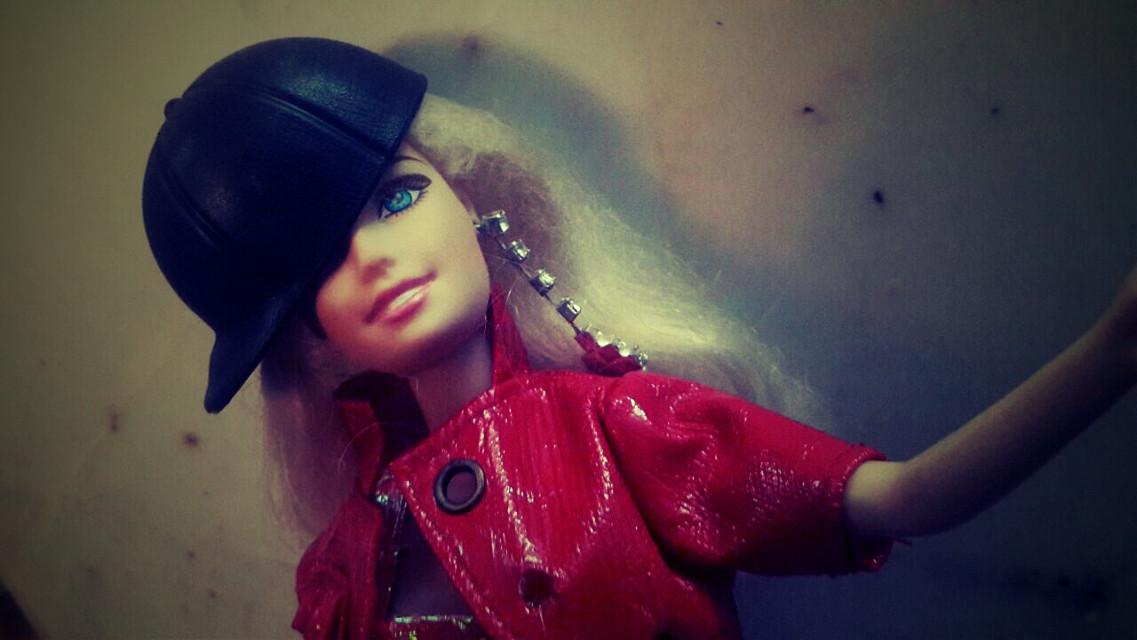 She's my old barbie😁I love her a lot😊she's my best barbie😆her name is charlotte❤💋#barbiestyle #barbie #barbiegirl #barbiephotography