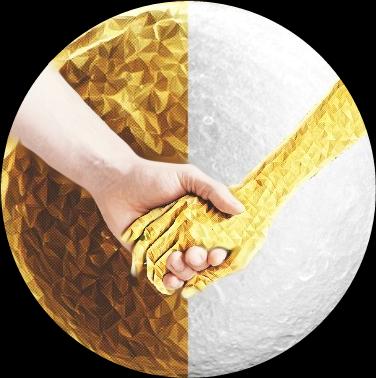 #moon #hands #Midas #gold #goldeffect