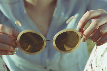 freetoedit glasses human minimal portrait
