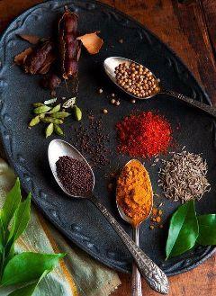 condiment paprika cumin pepper