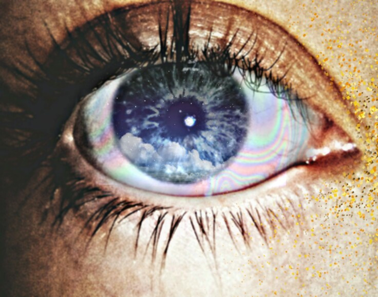 #FreeToEdit #caflo #creridoscaflo #glitter #eye #eyes #nuves #iris #holographic #holograph #holo #hdr #galaxy #stars #tumblr #eyetumbrl #tumbrleyes