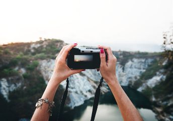 freetoedit traveling photography objects hand