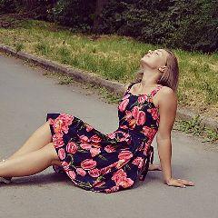 flower photography girl