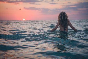 freetoedit sea sunset wave girl