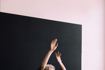 freetoedit minimal girl young hands