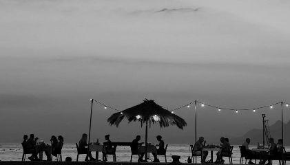 blackandwhite bnwphotography beach sea sillhouette freetoedit