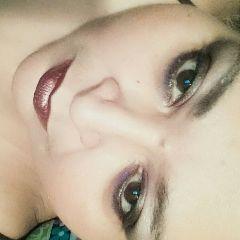 me makeup fashionable fashionstyle facialexpression