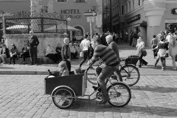streetphotography blackandwhite dpcmodeoftransport