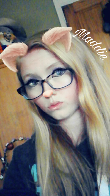 Welp I got to 600 followers sooner than I expected so here is my face hope it dosnt blind you too much. THANKYOU!!!.#this_is_me #selfie #pig #yas #tiger #face #600followers #good #insecurities