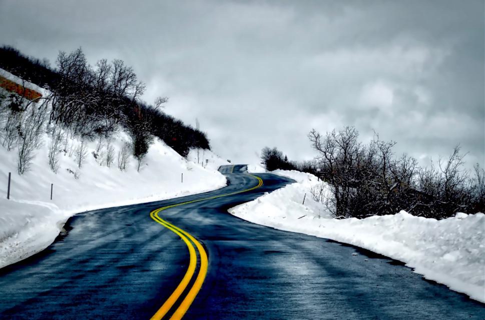 Turvy #AngelEyesImages#landscape#landscapephotography#nikon#nikonusa#nikond5300#nikonphotography#instagram#instagramers#instagrammers#picsart#travel#traveler#traveling#travelphotography#lumix#lumixusa#canon#snow#winter#perspective#vanishingpoint#freetoedit#