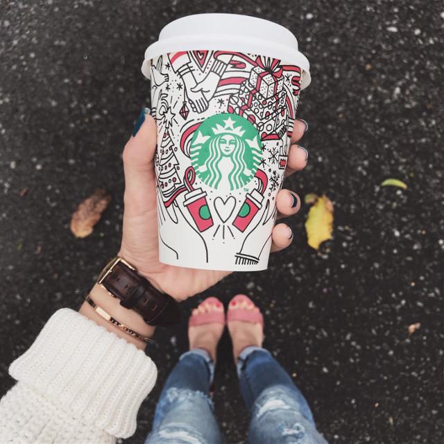 First cup of Peppermint Mocha 😋 #starbucks #christmas #festivedrink #peppermintmocha #coffeefirst #freetoedit