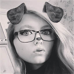 selfie face 1000followers thankyou