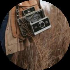 camera grass outside brown circle freetoedit