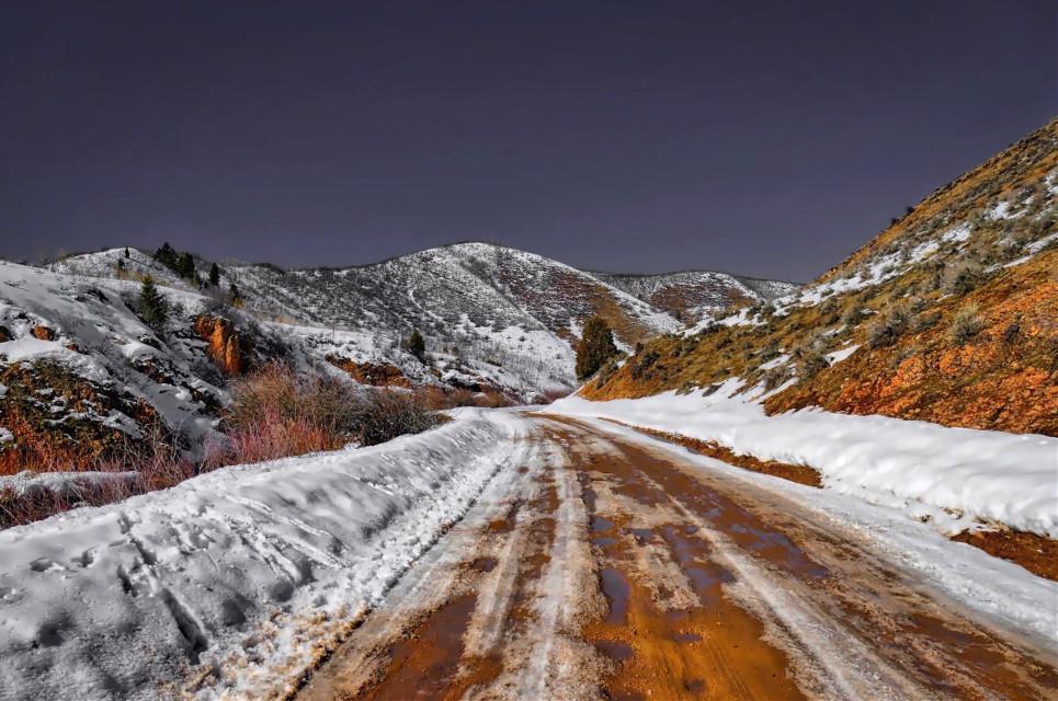 RedRoad #AngelEyesImages#landscape#landscapephotography#nikon#nikonusa#nikond5300#nikonphotography#lumixusa#canon#canonusa#instagram#instagramers#instagrammers#picsart#picoftheday#snow#winter#utah#utahlandscape#landscapephotographer#utahlandscapephotographer#beautifullandscape#vanishingpoint#freetoedit