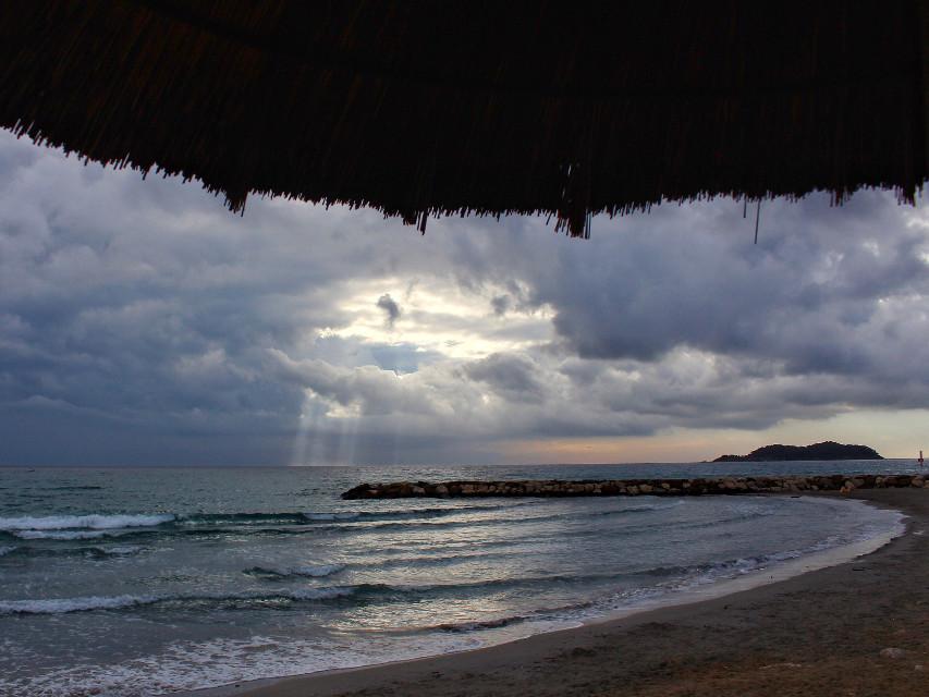 Sunset in La Ciotat #beach #sea #sky #photography #clouds #cloudsandsky