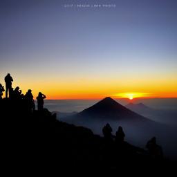fuatemala iphone shotoniphone volcano acatenango