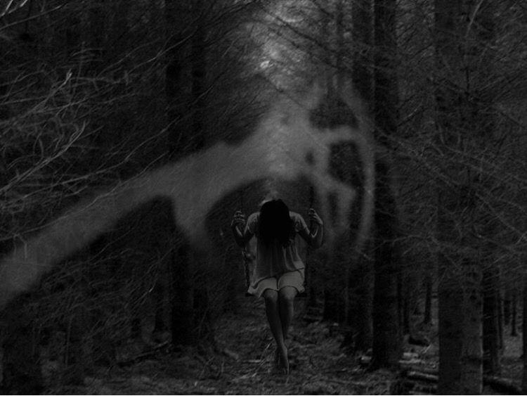 creepy dark story scary short story I'm alone