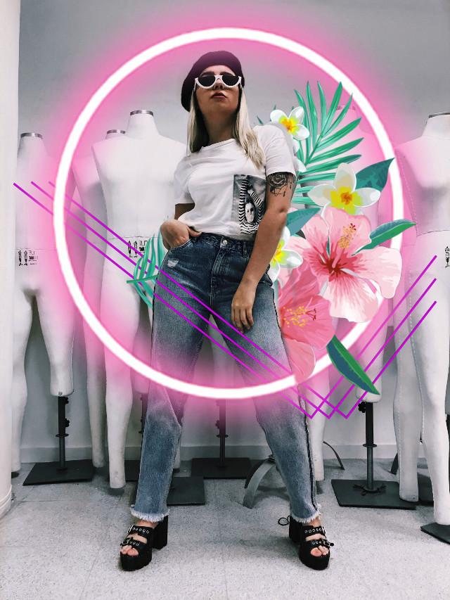 #freetoedit #fashion #moda #manequim #shoopping #university #edit #flowers #flores #lookbook #vsco