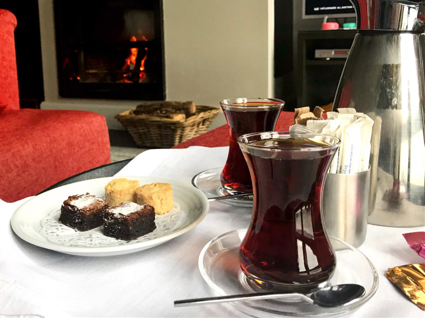 #freetoedit Good morning ☕️ Happy Friday! #tea #pcyum #yum #pccozycorner