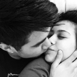 love kiss boyfriend together