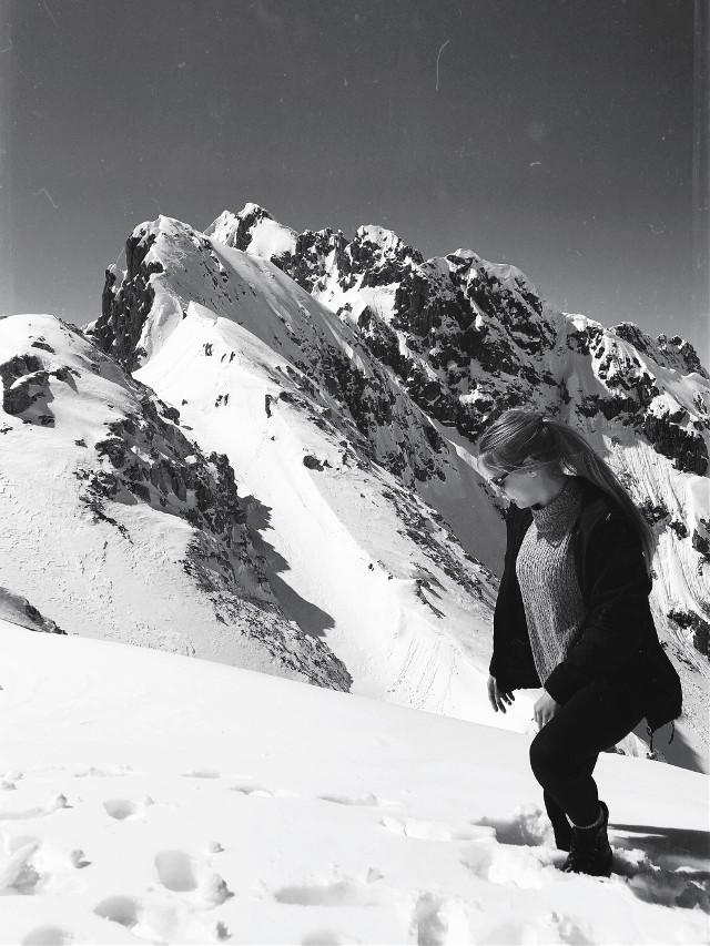 🗻🖤#nature #snow #hiking #weekendtrip #blackandwhite #innsbruck #blibla