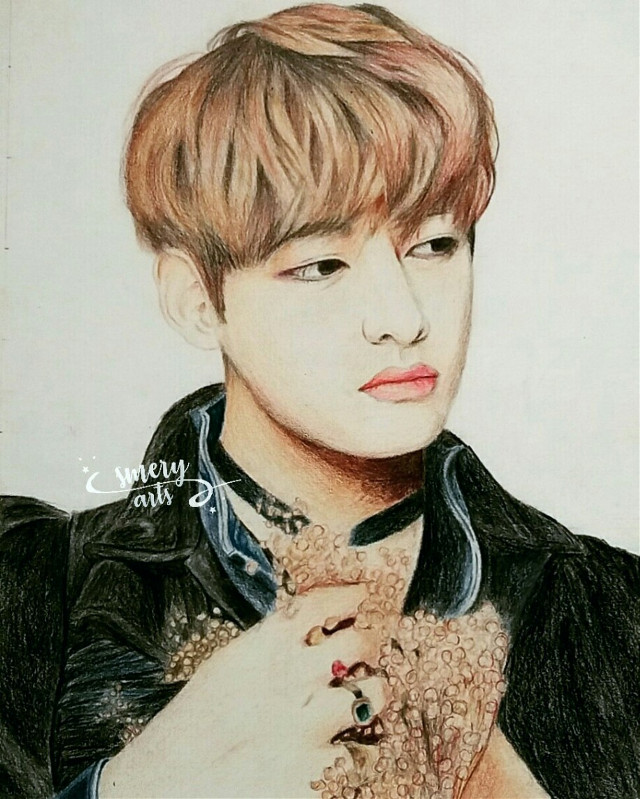 [ Re-uploaded ] This was my first drawing of my angel Tae (well, the first of all my drawings of BTS 😅) And I really feel so proud of it 💖💕 I upload it again because the other looks so messy 😅  Also, THANK YOU SO MUCH FOR THE +11.1K FOLLOWERS GUYS!! 😭💕 I'M SPECHELESS 😭💕 THIS ACCOUNT IS GROWING FAST 💖 I LOVE YOU ALL GUYS!! THANKS FOR THE SUPPORT!! 😭💖💕💕  💜🍃Have a nice day/night my loves 🍃💜 . . . . . . . #kpop #v #taetae #taehyung #kimtaehyung #vbts #bangtanboys #bangtan #bts