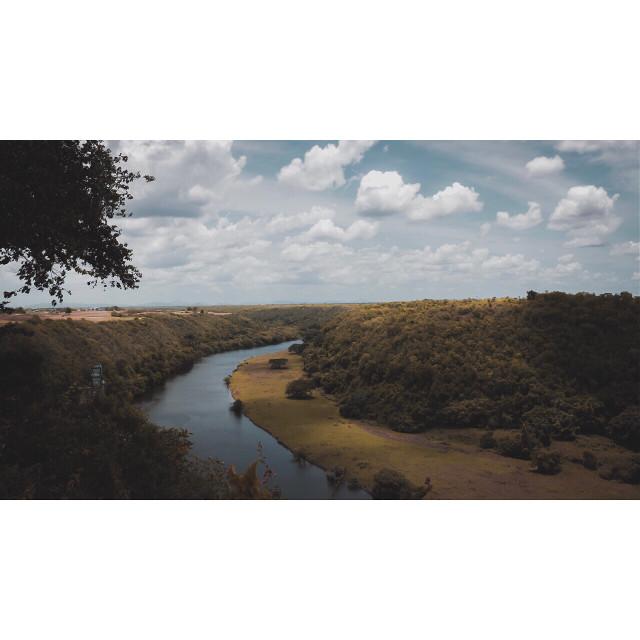 . . . . . #aroundtheworldpix #canoneos #bavaro #dominicana #focalmarked #forahappymoment #canonrebel #artofvisuals  #flashesofdelight #puntacana #republicadominicana #visualoflife #campinassp #exploringtheglobe #travelog #ig_masterpiece #travelon #dominicanrepublic #canonphotos #awesome_earthpix #instapassport  #thecreative #mytinyatlas #theglobewanderer #theprettycities #visualmobs