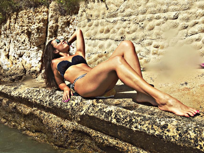 Settembre al mare.. #freetoedit #me #sun #woman #effect #picsart