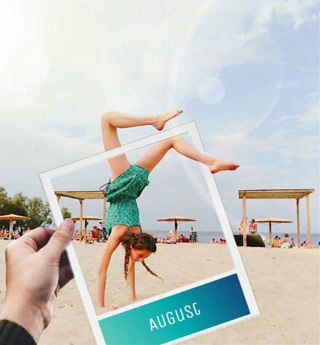 #freetoedit #beach #august #summerstory #remember #girlpower #polaroid #featureme #edit #collage #picsart_tutorial #picsart #memory