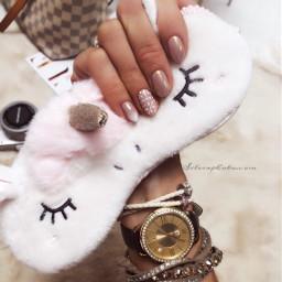 nailsart manicuretime nudecolor nudenails glitter