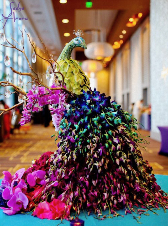 #flowerart #decoration #peacock #beautiful #ilikethispicture by @sadna2018 #freetoedit