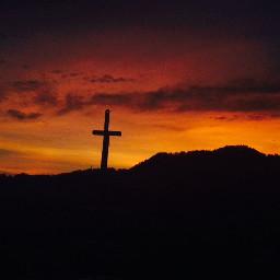 pcwakeupworld wakeupworld pcsunsetphotography sunsetphotography cross pccolororange pctravelscenes