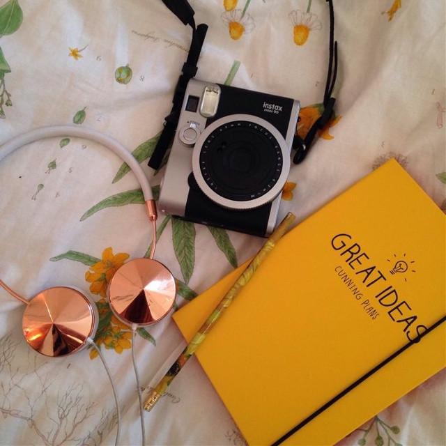 #YellowAesthetic #ArtHoeAesthetic #Aesthetic #Instax #Vintage #Notebook #Headphones
