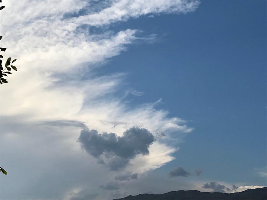 #freetoedit  #sky #bluesky #clouds #heart #❤️ #like4like #follow4follow #cloudheart