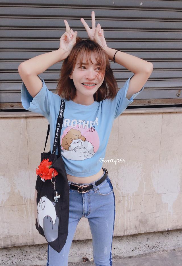 🤨🤔  #freetoedit #interesting #art #girl #smile #happy #kpop #kpoplover #blue #people #summer #photography #fashion #catwalk #goodmorning #hello #picsart