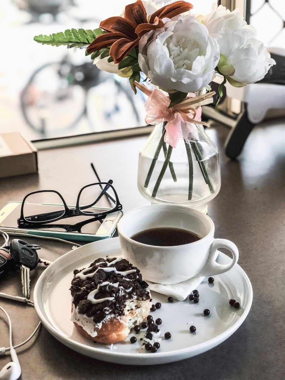Friday!! #snackstime #coffee #coffeetime