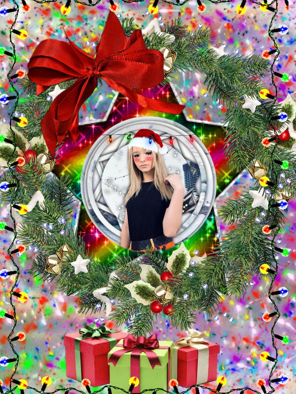 zoe laverne christmas , Image by Bri