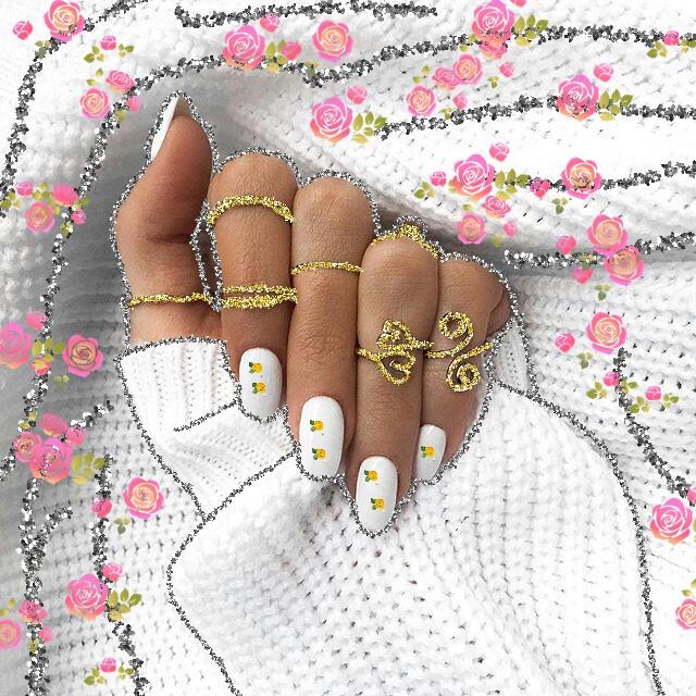 #glitter #glitterselfie #glitternails
