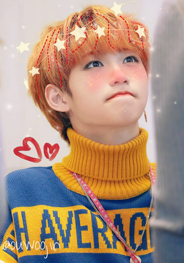 He looks so smol here :( If you have any suggestion, request or anything, just tell me!   #freetoedit #straykids #stray #kids #felix #straykidsfelix #leefelix #felixnavidad #yongbok #skz #cute #edit #soft #softedit #kpop #kpopedit #stay #felixstraykids #felixlee