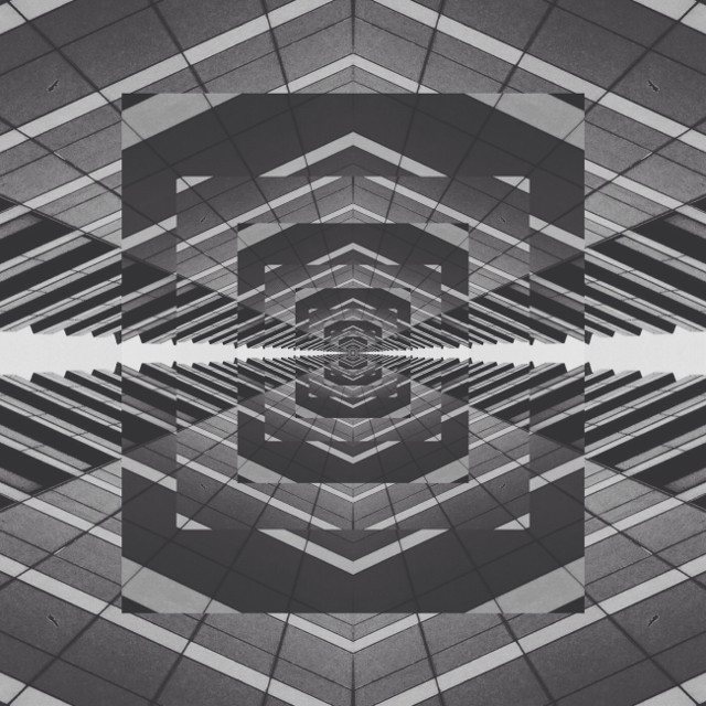 Made with a picture of a building  #mirrorart #mirrormania #madewithpicsart #building #infinity #blackandwhite
