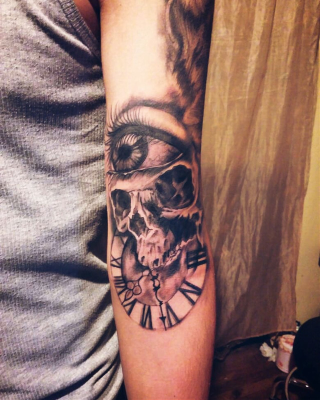 EyeSkullClock #tattoo #ink #artwork #inked #tattoos #skull #eye #clock