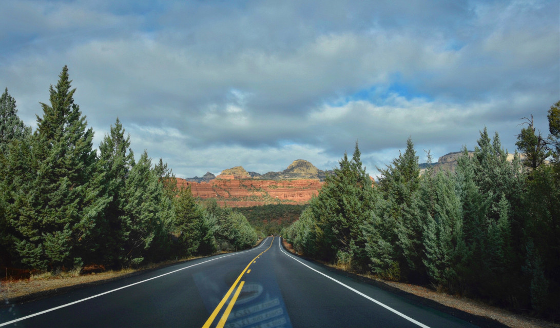 Catch the Wind #AngelEyesImages#landscapephotography#landscape#instagram#instagrammers#instagramers#picsart#picsartist#picoftheday#freetoedit#arizona#arizonadesert#desert#desertphotography#sedona#sedonaarizona#nikonus#nikon#nikonusa#nikonphotography#nikond5300#canon#lumix#landscapephotographer#travelphotography#traveler#traveling#travel#perspective#vanishingpoint