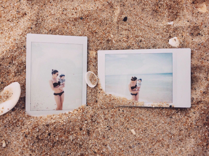 #pctimelessmemories #polaroids #sweetmemories #beachsand #flatlay #iphonography