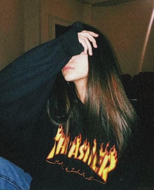 #girl #sad #trasher #hoodie #tumblr #aestetic