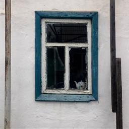 photography doorsandwindows window old simple simplicity