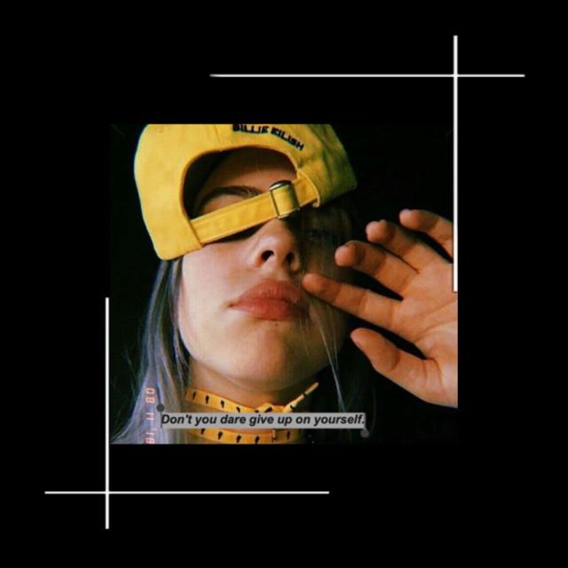 Dont u dare give up on yourself🖤🖤🖤 #billieeilish #frame #rad #hat#yellowhat #yellow #balck #cute #goofy #goof #funny #bil