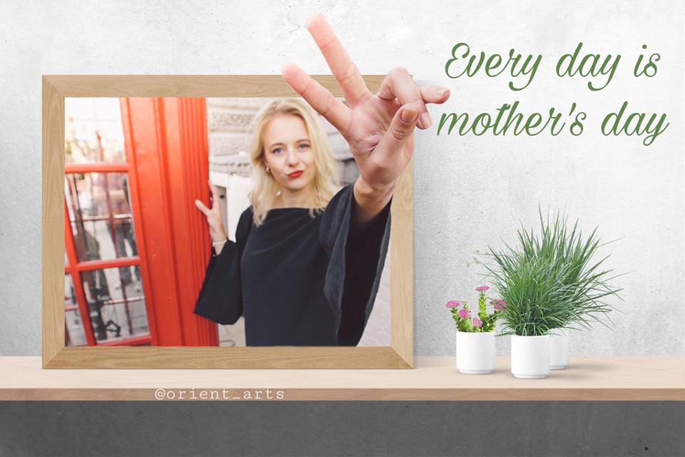 #freetoedit #mothersday #muttertag #threedimensional #woman #frame #plant #table #picsart @picsart