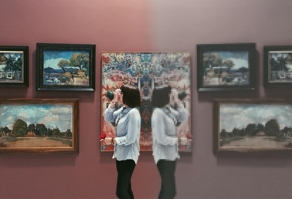 Bored symmetry edit of a random  2 .idk #freetoedit #symmetry #girl #painting #be_creative #papicks #picsart @picsart
